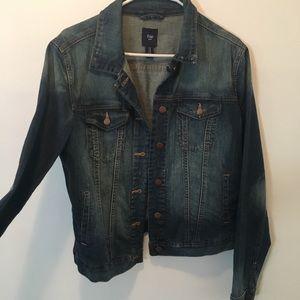 Gap jean jacket size M